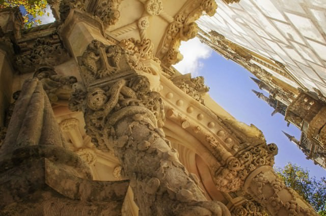 Palace-of-Mystery-Quinta-da-Regaleira-by-Taylor-Moore30__880