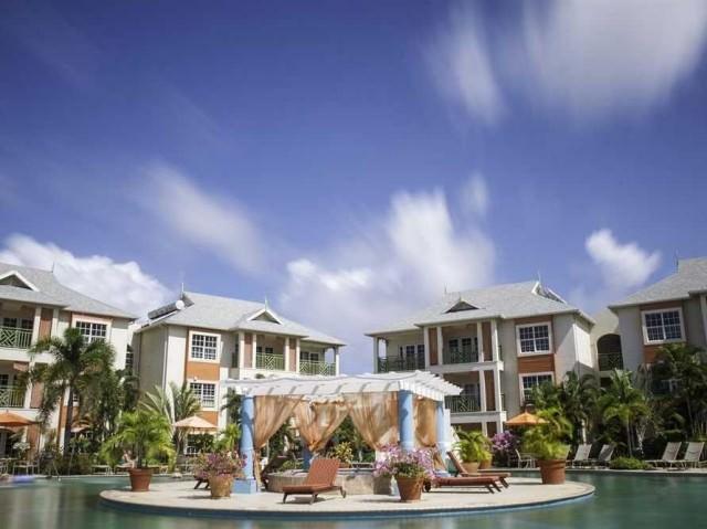 20-bay-gardens-beach-resort-st-lucia