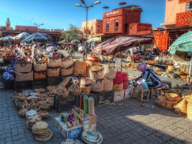 these-markets-are-a-great-place-to-pick-up-some-local-souvenirs