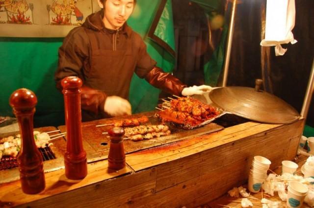 yakitori-stand-japanese-food