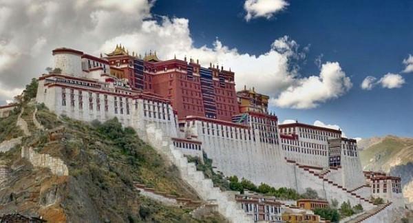 Palatul-Potala-Tibet_(1)