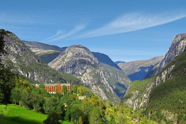 Stalheim-Hotel-Visit-Flam-Aurland-Aurlandsfjord-11-Bryllup-Fotograf-Paul-Edmundson-www.pauledmundson.com___880