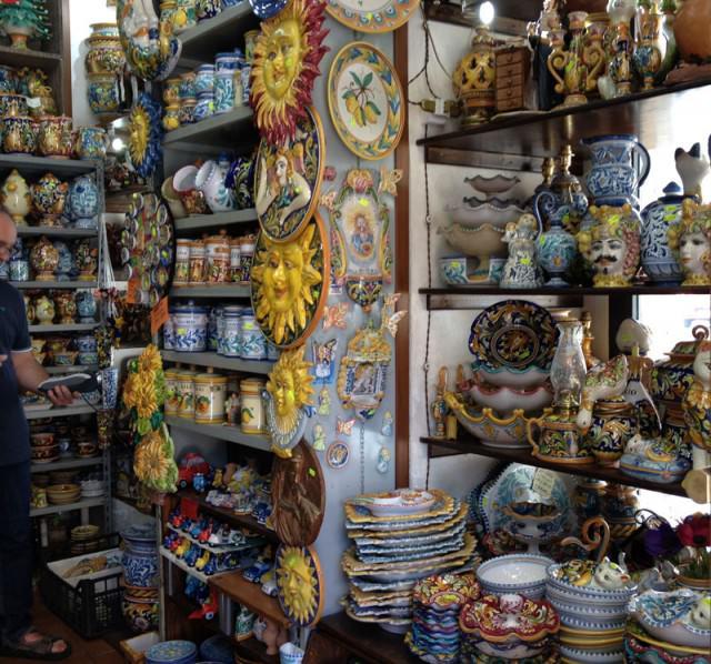 caltagirone-ceramic-shop