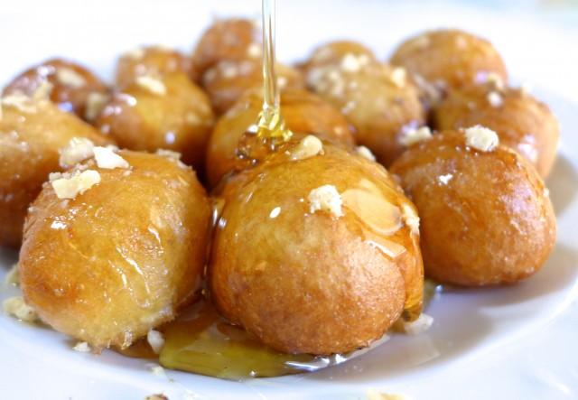 Loukoumades-recipe-Greek-Donuts-with-Honey-and-Walnuts