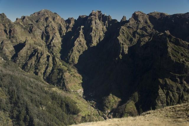 Pico Ruivo (1862m), Pico das Torres (1852m), Pico do Gato (1782m
