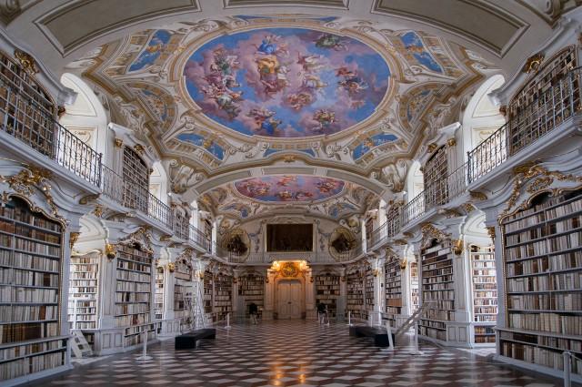 Bibliothèque-de-labbaye-dadmont