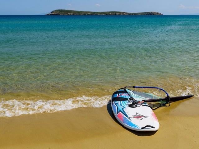 best-for-windsurfing-paros