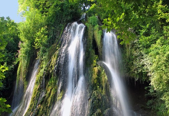 cascada-clocota