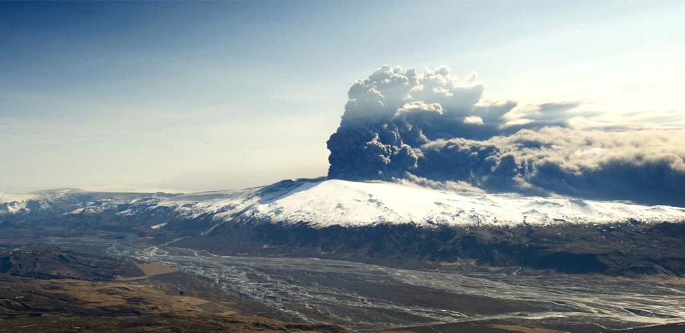 eruptia-vulcanului-eyjafjallajokull