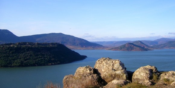 lac-du-salagou-herault-le-languedoc