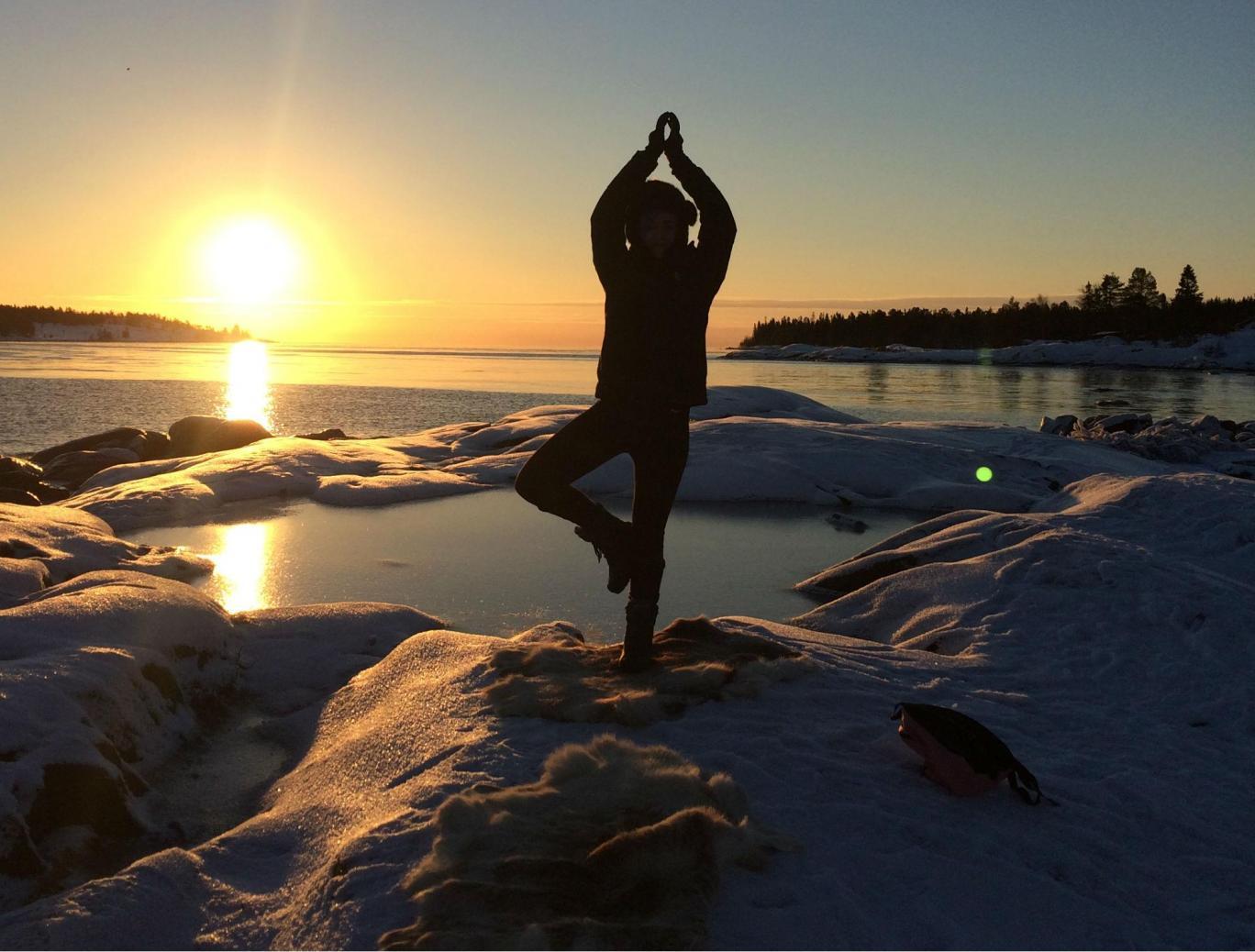 yoga pe gheata